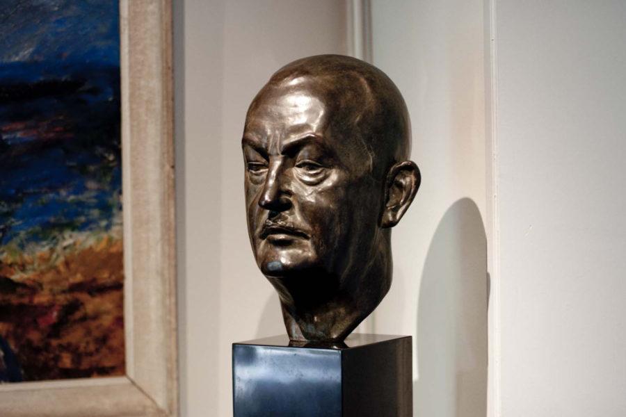 Buste en bronze, visage d'homme.