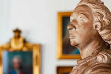Bust of a man, belonging to the art collection of the Institut Tessin