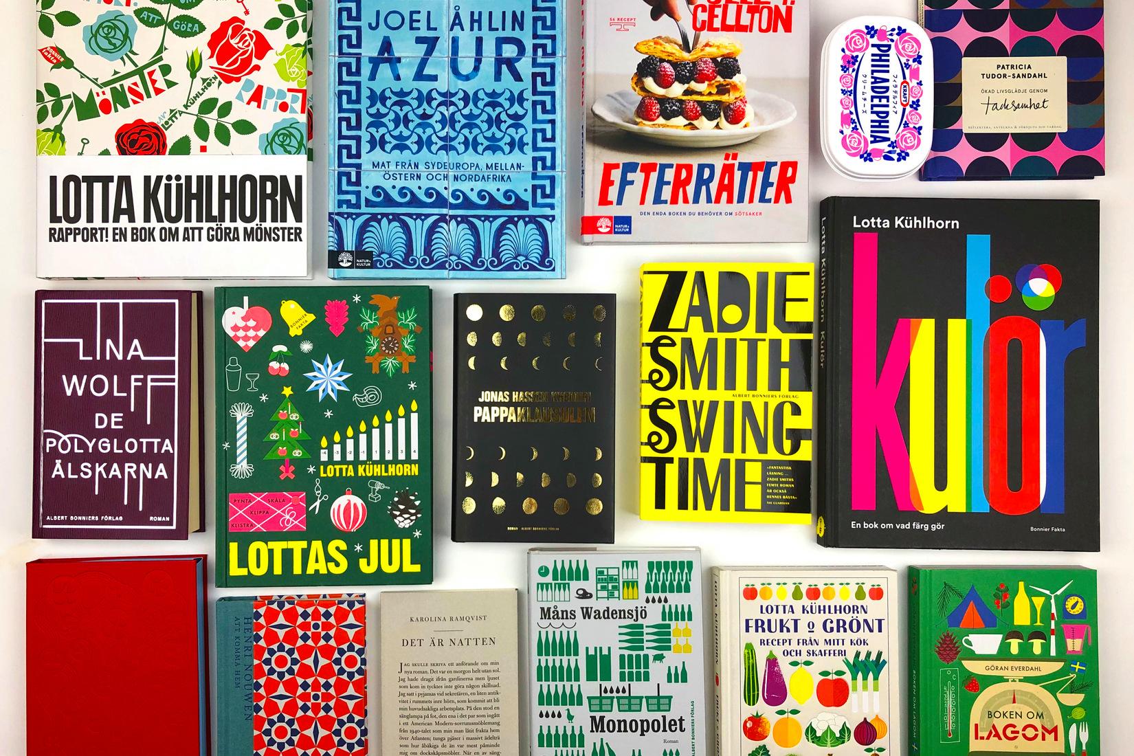 Des livres alignés, à la couverture colorée et graphiques
