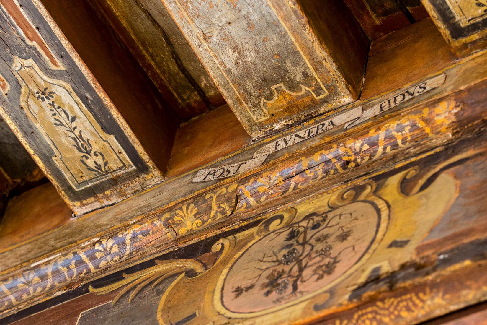 détails du plafons peint de l'Hôtel de Marle