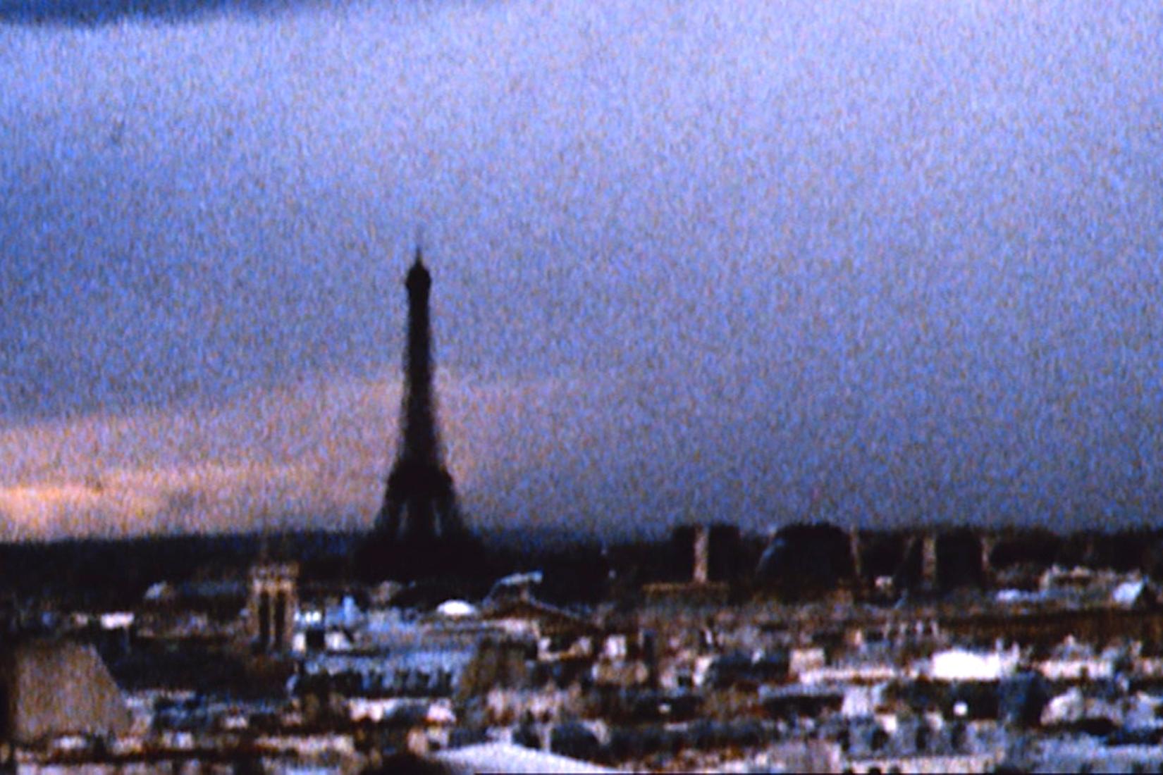 Vue sur Paris et la tour Eiffel